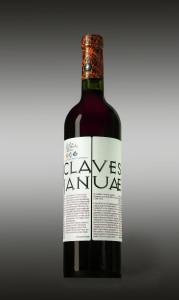 Claves Januae, 30% Pinot Nero e 70% Barbera, proveniente dalle vigne di fronte all' antica Dimora.